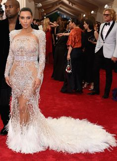 Kim Kardashian - Baile do Met 2015