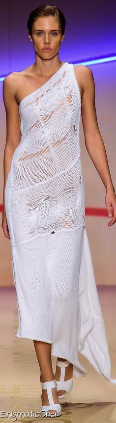 Laura Biagiotti Spring Summer 2015 Ready-To-Wear