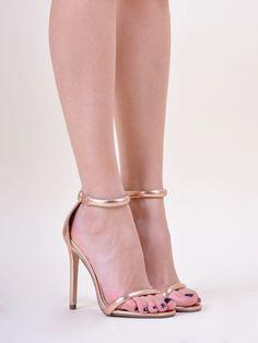 CR5901 Πέδιλα με Λουράκια - Decoro - Γυναικεία ρούχα, ανδρικά ρούχα, παπούτσια Nice Heels, Ladies Footwear, Shoes Women, Stuart Weitzman, Sandals, Lady, Beauty, Beautiful, Fashion