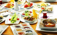 Table Settings, Table Decorations, Breakfast, Food, Home Decor, Brunches, Range, Elegant, Winter