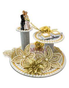 Kunj Ring Ceremony Tray - The Wedding Hut Engagement Ring Platter, Engagement Ring Holders, Engagement Gifts, Ultimate Wedding Gifts, Creative Wedding Gifts, Indian Wedding Gifts, Indian Wedding Decorations, Bridal Gift Wrapping Ideas, Wedding Plates