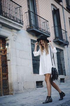 outfit look primavera spring street style trendy taste inspiration dress vestido casual sombrero hat brixton botines ankle boots susanna chloe bolso bag flecos fringes cuero leather asos blanco crochet lace_10: