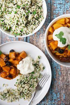 Plantaardige, vegan, veganistische en vegetarische recepten voor dierenwelzijn, je gezondheid, het milieu én wereldvoedselverdeling. D Rozeboom Ras El Hanout, Pot Roast, Thai Red Curry, Ethnic Recipes, Middle, Carne Asada, Roast Beef