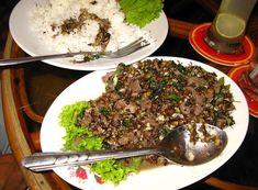 Kết quả hình ảnh cho Thịt bò xào kiến Campuchia