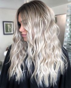 Ice Blonde Hair, Silver Blonde Hair, Blonde Hair Looks, Icy Blonde, Brown To Blonde Ombre Hair, White Ombre Hair, Icy Hair, Brassy Blonde, Full Weave