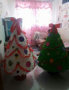 Piñatas gigantes para fiesta navideña