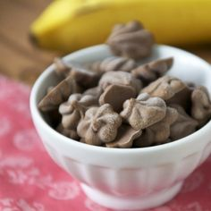 Chocolate Peanut Butter and Banana Frozen Yogurt Drops. High protein, totally clean, and super delicious!