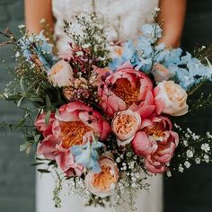 pretty wedding floral bouquet inspiration Getting married during the spring is very convenient if you want your decor filled with fresh and colorful flowers! It is also the most romantic season, where Bride Bouquets, Floral Bouquets, Floral Flowers, Colorful Flowers, Florals, Spring Wedding Bouquets, Summer Wedding Flowers, Spring Bouquet, Cascading Bridal Bouquets