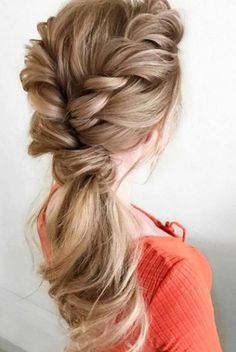 luxy-hair-hairstyle-abiball-frisur-hochzeit-frisur-party-hairstyle-1