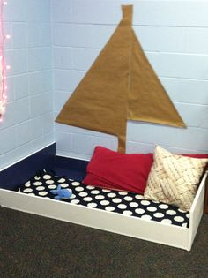 Nautical Theme Classroom: Reading boat!