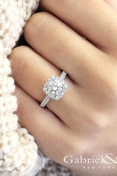 30 White Gold Engagement Rings That Every Bride Wants ❤ See more: http://www.weddingforward.com/white-gold-engagement-rings/ #wedding #engagement #rings #white #gold