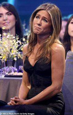Touched: Aniston appeared emotional as she listened to Adam Sandler introduce her Jennifer Aniston Hot, Jennifer Aniston Pictures, Jennifer Lopez, People Icon, Adam Sandler, Rachel Green, Lizzie Mcguire, Green Fashion, Keanu Reeves