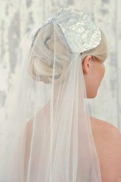 Juliette cap veil by Donna Crain. Photography by http://www.rosannahancock.com/