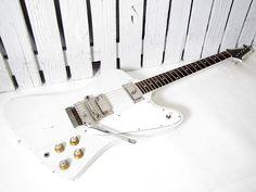 GIbson Firebird Gibson Firebird, Cool Electric Guitars, Prs Guitar, Gibson Guitars, Custom Guitars, Les Paul, Playing Guitar, Bass, Instruments