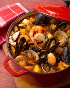 1000 images about italian christmas eve and day on for Feast of the seven fishes giada