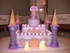 I made this pretty princess castle cake for my neighbor's little girl for her birthday. It's pretty simple to do, just takes a lot of patience.�...