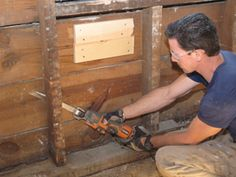 Repairing rotted wall studs on exterior wall Diy Pole Barn, Load Bearing Wall, Foundation Repair, Diy Home Improvement, Old Houses, Sweet Home, Exterior, Plates, Building Ideas