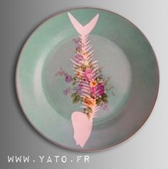 Customized Vintage plate Porcelain by Béa Corteel Collection Customs © ZOWIE THE CAT
