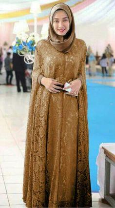 Ideas dress brokat coklat for 2019 Muslim Dress, Hijab Dress, I Dress, Party Dress, Abaya Fashion, Muslim Fashion, Modest Fashion, Fashion Outfits, Hijabi Gowns