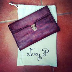 """Regalitos molones de """"más que cartón artesanía"""" una preciosidad! Wallet, Bags, Fashion, Handbags, Moda, Fashion Styles, Fashion Illustrations, Purses, Diy Wallet"""