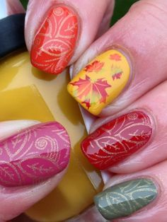 Cute hand painted & gold glitter stamped Maple leaves - #Autumn #nailart