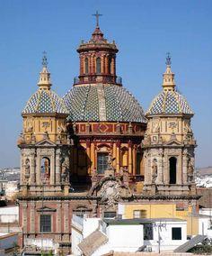 Sevilla, España. San Luis de los Franceses. (Isaac Brito) Historical Architecture, Amazing Architecture, Religious Architecture, Seville Spain, Andalusia Spain, Spain Holidays, Chapelle, Place Of Worship, Old Buildings