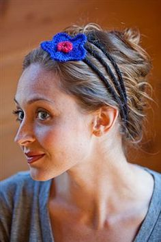 I-Cord Headband - Media - Knitting Daily. But don't bother to buy the pattern. Make a long piece of I cord, loop around and fasten at the back.
