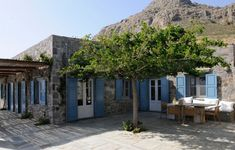 VILLA MARGOT is a luxury villa in Serifos of Greece. See images for this beautiful private villa here. Greek Blue, Outdoor Living, Outdoor Decor, Paros, Luxury Villa, Greek Islands, Traditional House, Building A House, Beach House