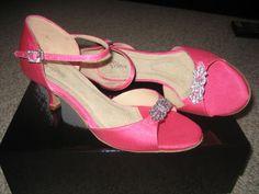 Pink Wedding:  pink wedding shoes