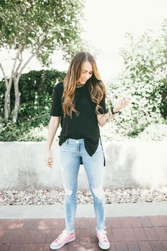 BASICS! A good black tee, your favorite pair of distressed denim, and Converse!