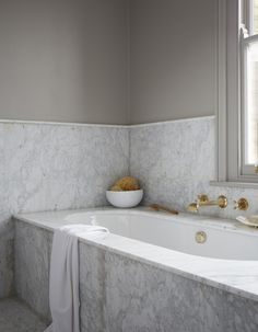 Home Interior Kitchen Small Bathroom Dreaming Tea with Ruby.Home Interior Kitchen Small Bathroom Dreaming Tea with Ruby Minimal Bathroom, Modern Bathroom, Small Bathroom, Marble Bathrooms, Marble Bathtub, Waterworks Bathroom, Bathroom Signs, Carrara Marble, Marble Top
