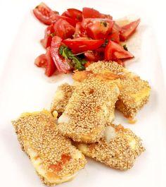Low Carb Rezept | Camembert in Sesampanade mit Tomatensalat - Geht natürlich auch ohne Tomatensalat ;)