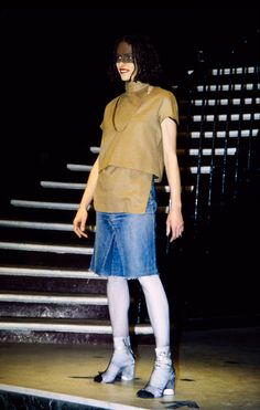 See the complete Maison Margiela Fall 1996 Ready-to-Wear collection.