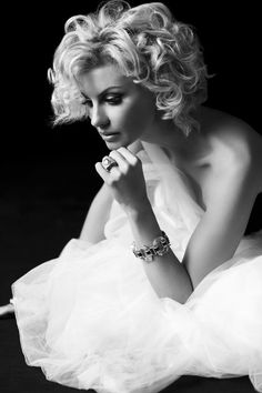 Faith Hill by Russell James <3