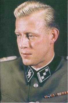 SS-Sturmbannführer Otto Günsche