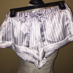 Victoria's secrets silk boxers Excellent condition sz s Victoria's Secret Intimates & Sleepwear Pajamas