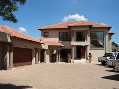 La Palma Guesthouse and Conference Venue - La Palma Guest House and Conference Venue is situated at 9 Jack Hindon Avenue, Alberante Ext, Alberton, Gauteng, Johannesburg, South Africa.  The upmarket Alberante security estate is fenced in with only ... #weekendgetaways #johannesburg #southafrica
