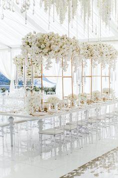 White Wedding Decorations, Luxury Wedding Decor, Wedding Centerpieces, Wedding Table, Wedding Aisle Outdoor, Wedding Ideas, All White Wedding, Floral Wedding, All White Party
