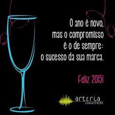 Boas festas e um 2015 repleto de conquistas, sucesso e grandes realizações! #HappyNewYear