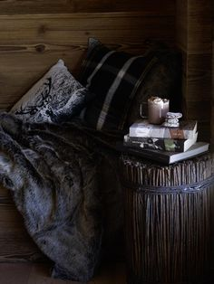 Lust auf Landleben Thanks For The Help, Furniture Decor, Comfy, Autumn Fall, Bedroom, Wood, Modern, Table, Urban