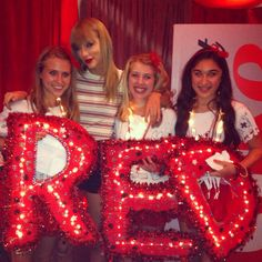 Taylor Swift Club red! June 15th Toronto that was the night I went to the concert and I am very jelous of these people