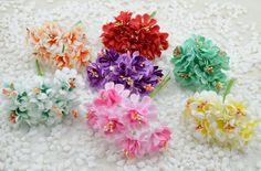 6pcs/lotミニ絹人工バラの花の花束多色スクラップブッキング花葉雄しべの装飾結婚式ボックス