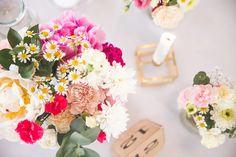 DIY: Bordkort - Kjole til konfirmasjon #2 | Fluffandberries - Rebekka Hestholm Floral Wreath, Wreaths, Table Decorations, Floral Crown, Door Wreaths, Deco Mesh Wreaths, Floral Arrangements, Garlands, Dinner Table Decorations