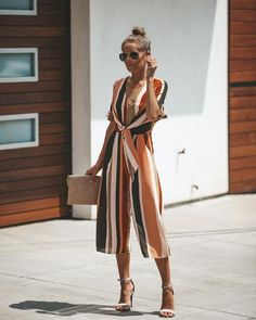 urban fashion are really amazing Pin# 4395 Pantalon Large, Jumpsuit Outfit, Spring Fashion Trends, Casual Street Style, Mode Inspiration, New York Fashion, Fashion 2018, Latest Fashion, Fashion Outfits