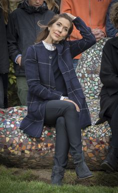 Crown Princess Mary on the giant 'Storyteller hand' in the city Næstved.