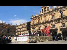 Suelta de globos de helio en la Plaza Mayor de Salamanca Plaza, Street View, Youtube, Balloon Release, Wedding Balloons, Helium Balloons, Youtubers, Youtube Movies