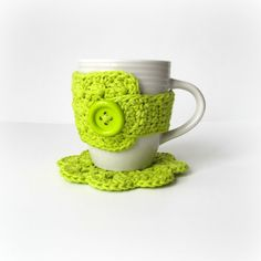 Lime Green Coffee Mug Cozy and Coaster Set Crochet Mug Cozy, Crochet Potholders, Knit Crochet, Green Coffee Mugs, Coffee Cozy, Mug Warmer, Crochet Kitchen, Cute Mugs, Mug Designs