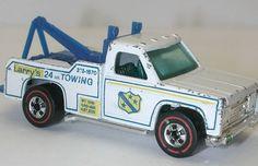 1975 Ramblin' Wrecker - The 50 Best Hot Wheels of All Time Custom Hot Wheels, Vintage Hot Wheels, Hot Wheels Cars, Matchbox Autos, Matchbox Cars, Retro Toys, Vintage Toys, Hot Wheels Storage, Toys R Us Kids