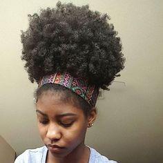 Gorgeous mega puff @dessire.e      #naturalhair... - Natural Hair Daily by Elle & Neecie