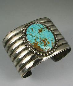Hvy-Wide-Navajo-Ridged-Pilot-Mountain-Turquoise-Bracelet